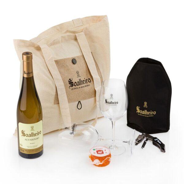 Discovering-the-Territory-Soalheiro-Wine-Pack
